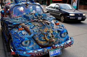 ¿Qué pensaria Herbie si viera e su hermano mayor decorado de esta guisa?