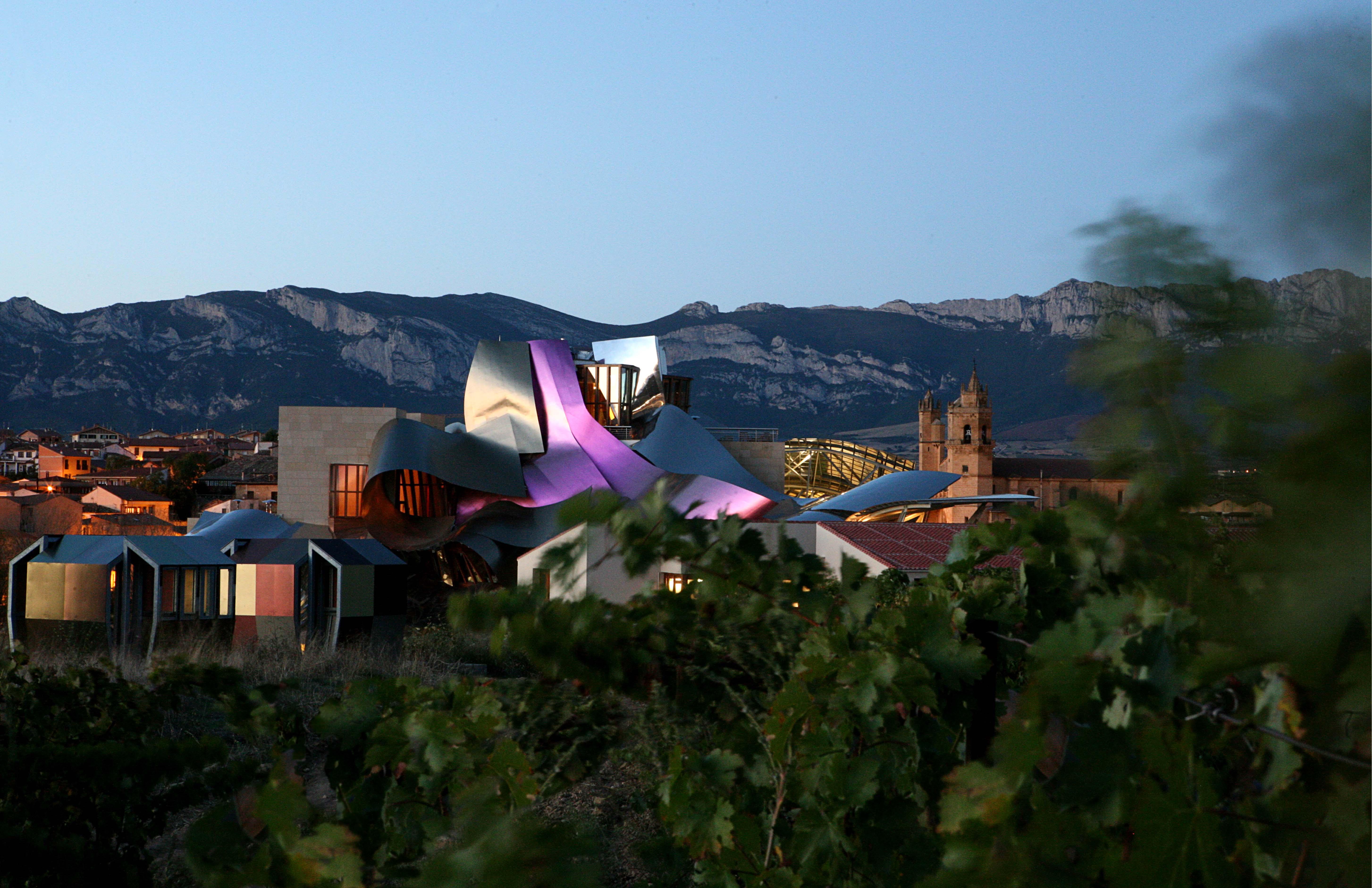 Bodega Hotel Marqués de Riscal Ciudad del Vino Elciego España Spain City of Wine